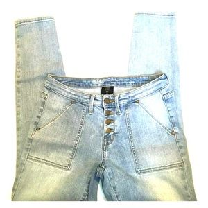 Mossimo mid rise skinny button up jeans light